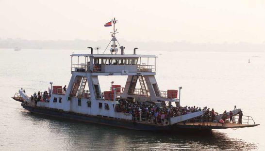 2-areyksat-ferry