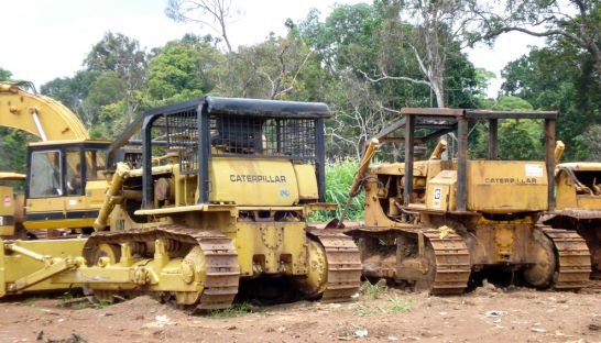 bulldozers_in_ratanakkiri_province_in_2008_that_were_allegedly_involved_in_clearing_community_forest_adhoc