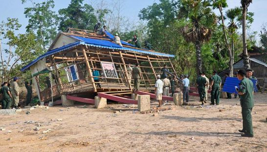 authorities_help_repair_the_roof_of_a_house_in_prey_veng_last_week_after_it_was_ravaged_by_strong_winds_national_police