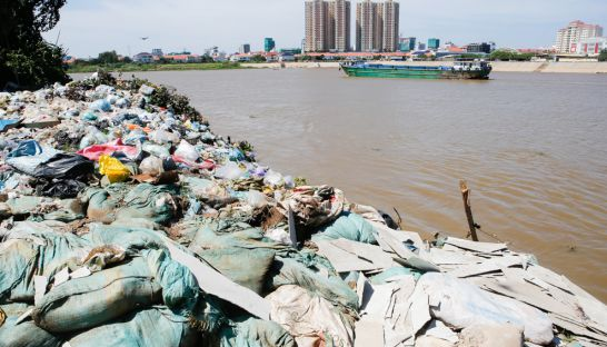 rubbish_sits_next_to_the_bassac_river_in_phnom_penh_yesterday_morning_where_residents_dispose_of_their_garbage_16_11_2016_pha_lina