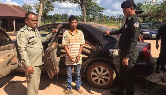 3_one_of_four_soldiers_arrested_in_preah_vihear_province_late_last_week_who_was_yesterday_charged_for_illegally_trading_timber_23_12_2016_grk