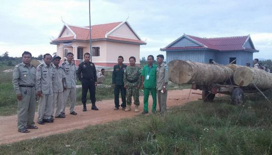 16_authorities_busted_timber_being_transported_illegally_from_the_phnom_oral_protected_area_in_kampong_speu_province_late_last_week_supplied