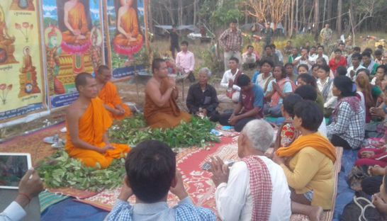 Monks perform a religious ceremony for Prey Lang forest community members late last week. Photo supplied.