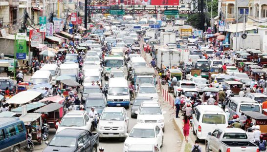 Phnom Penh's headache-inducing traffic congestion calls for major infrastructure upgrades. Heng Chivoan