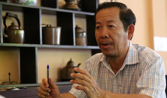 5-Former-teacher-Rong-Chhun-CHOR7685-2