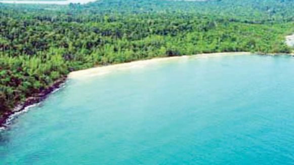 a_view_of_koh_rong_island._supplied